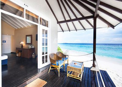Adaaran-Select-Meedhupparu-Maldives-island-accomodation-room-patio-1