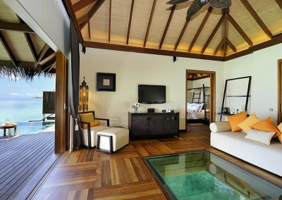 ayada-maldives-holiday-resort-room-floor