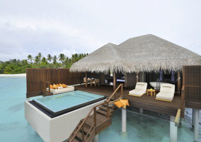 ayada-maldives-holiday-resort-room-water-bungalow