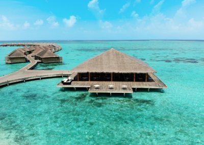 cocoon-maldives-villas-manta-resturant