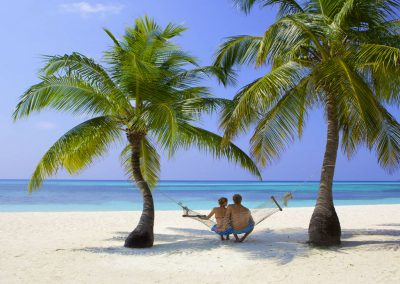 kuredu-island-maldives-resort-beach-hammock