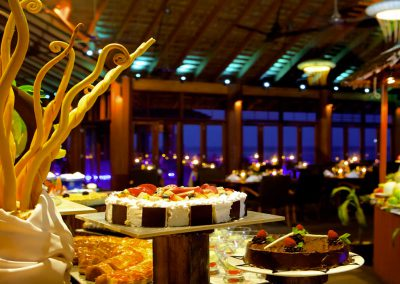 kuredu-island-maldives-resort-resturant-food-meals