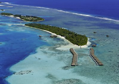 Medhufushi-Island-Resort-maldives-aerial-view