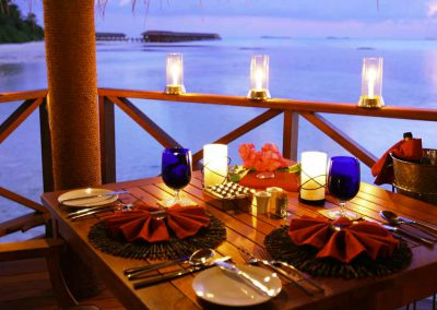 Medhufushi-Island-Resort-maldives-resturant