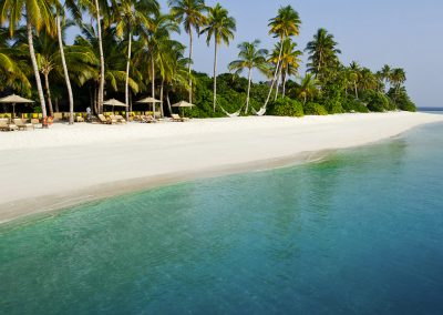 Olhuveli-Beach-Maldives-beach-chairs-resort-chill