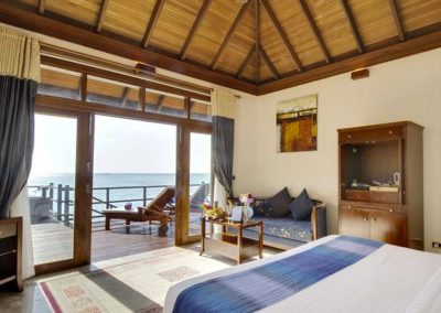 Olhuveli-Beach-Maldives-rooms-view-ocean